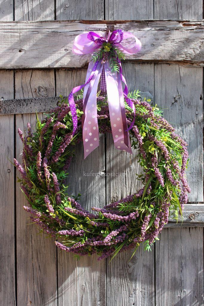 Wianek Z Liliowego Wrzosu Dekoracja Na Drzwi Do Domukuchnirestauracji