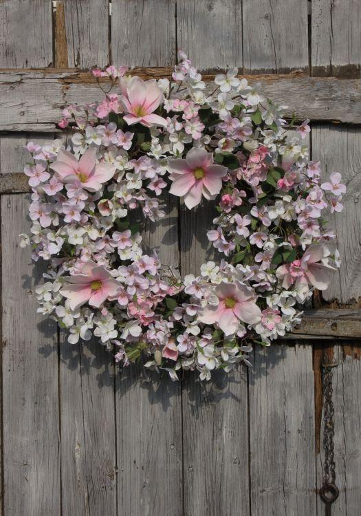 2019 Wianek Wiosenny Z Magnolii Kwiatów Wiśni I Jabłoni Wianek Na Drzwiozdoba Domuwiosnadekoracjapomysł Na Prezent